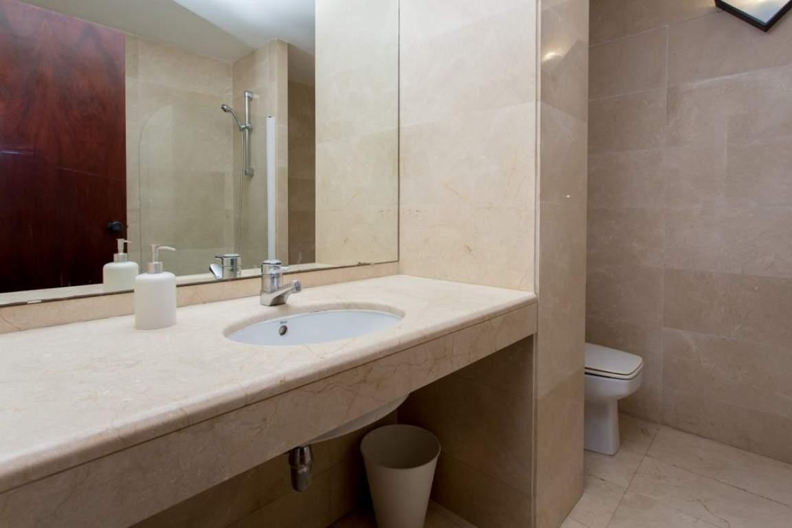 Bathroom Barcelona Lux