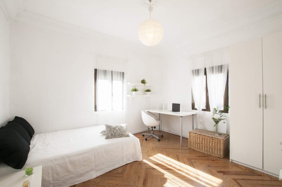 Bedroom Anne