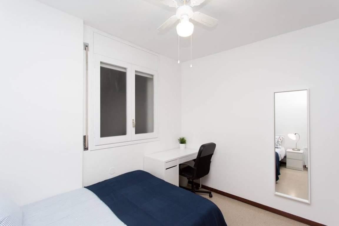 Bedroom Barcelona Comfort 2