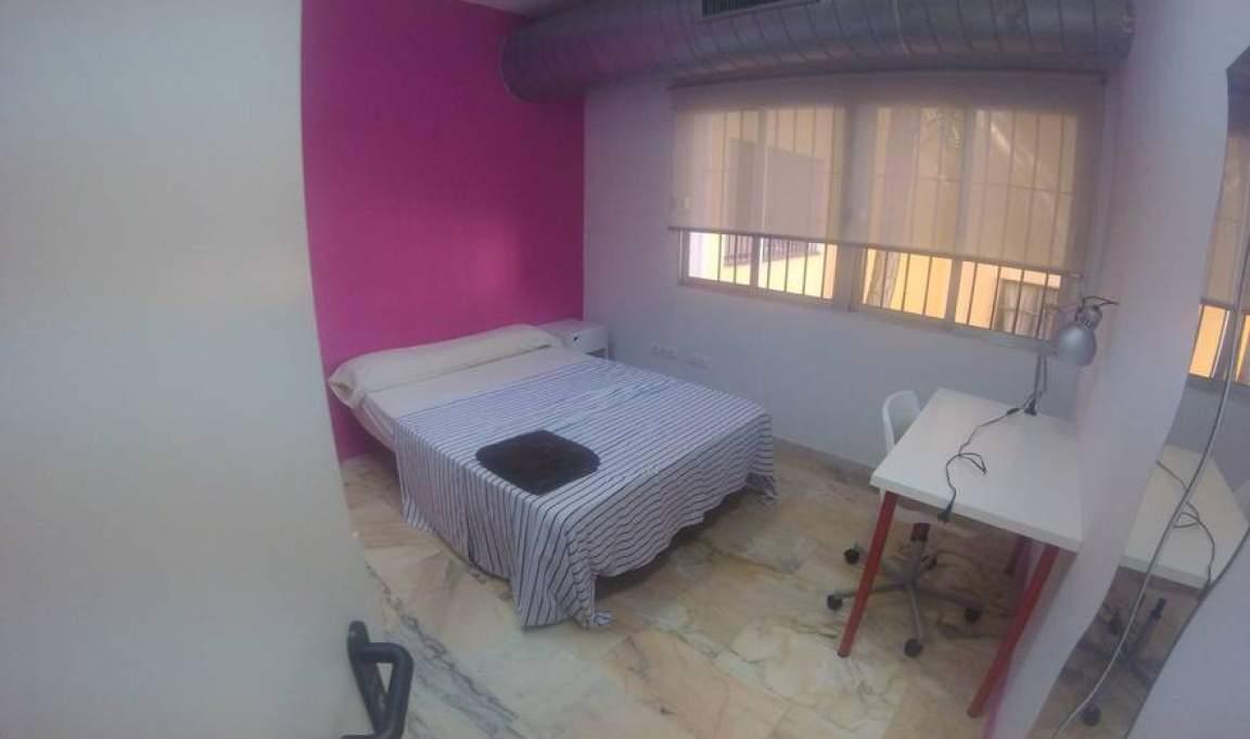 Bedroom 284