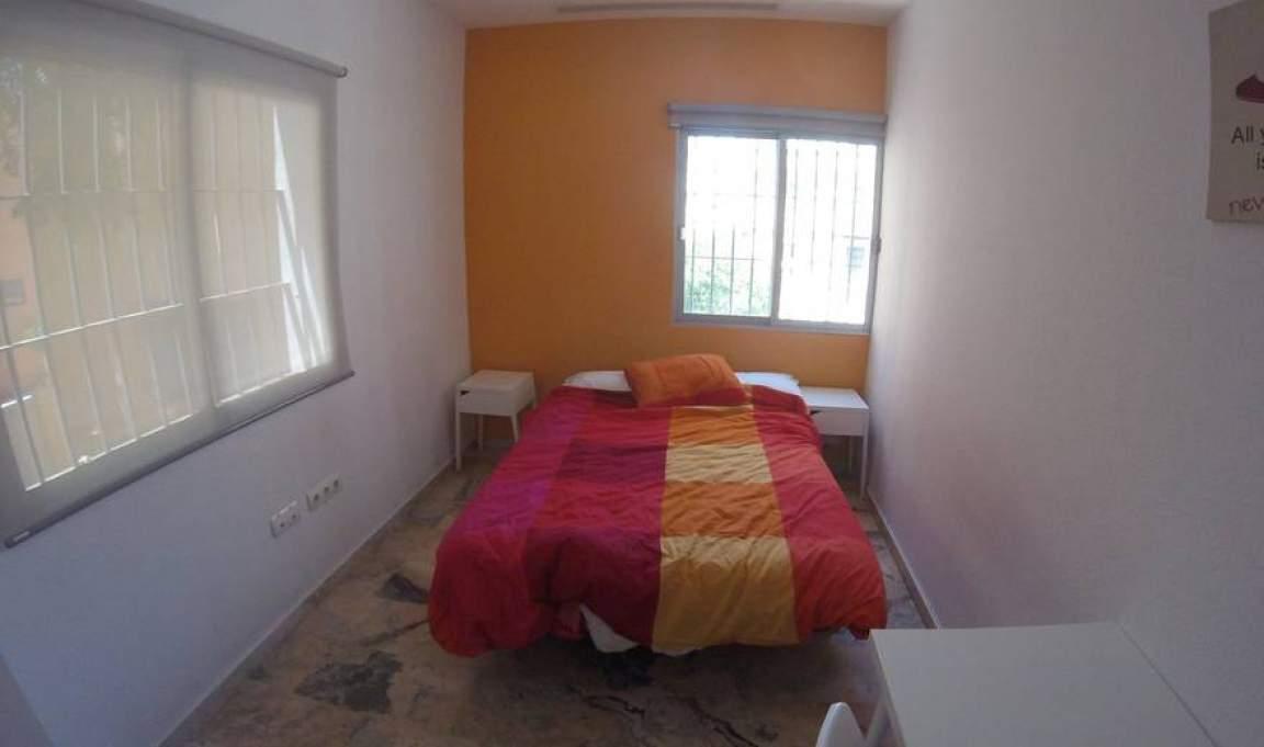 Bedroom 279