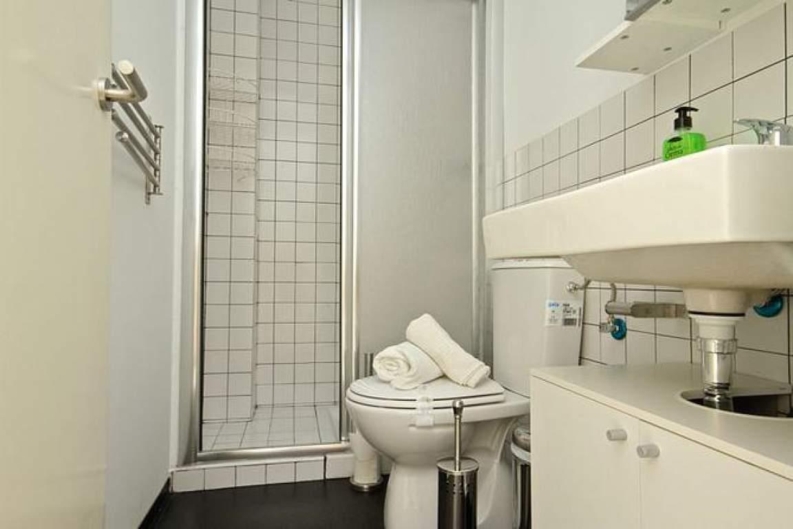 individual room bathroom