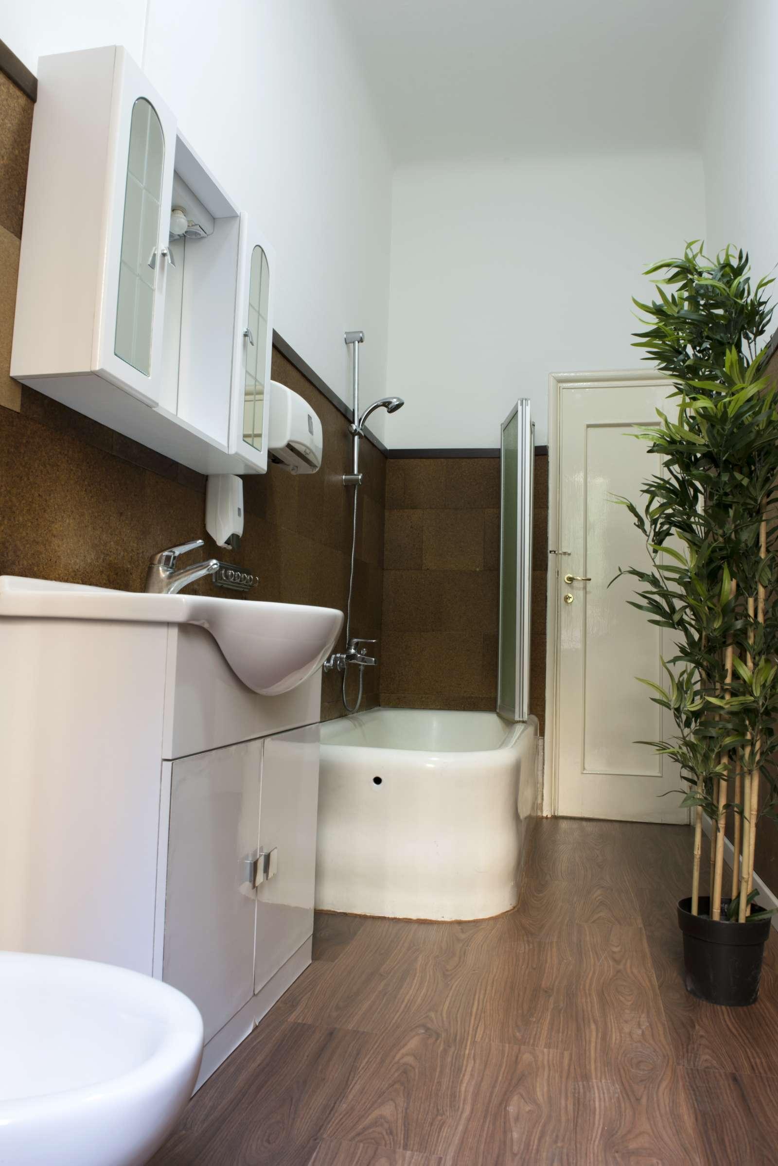 Appartamento 3 Camere Da Letto Milano : Camera doppia in appartamento con camere da letto porta