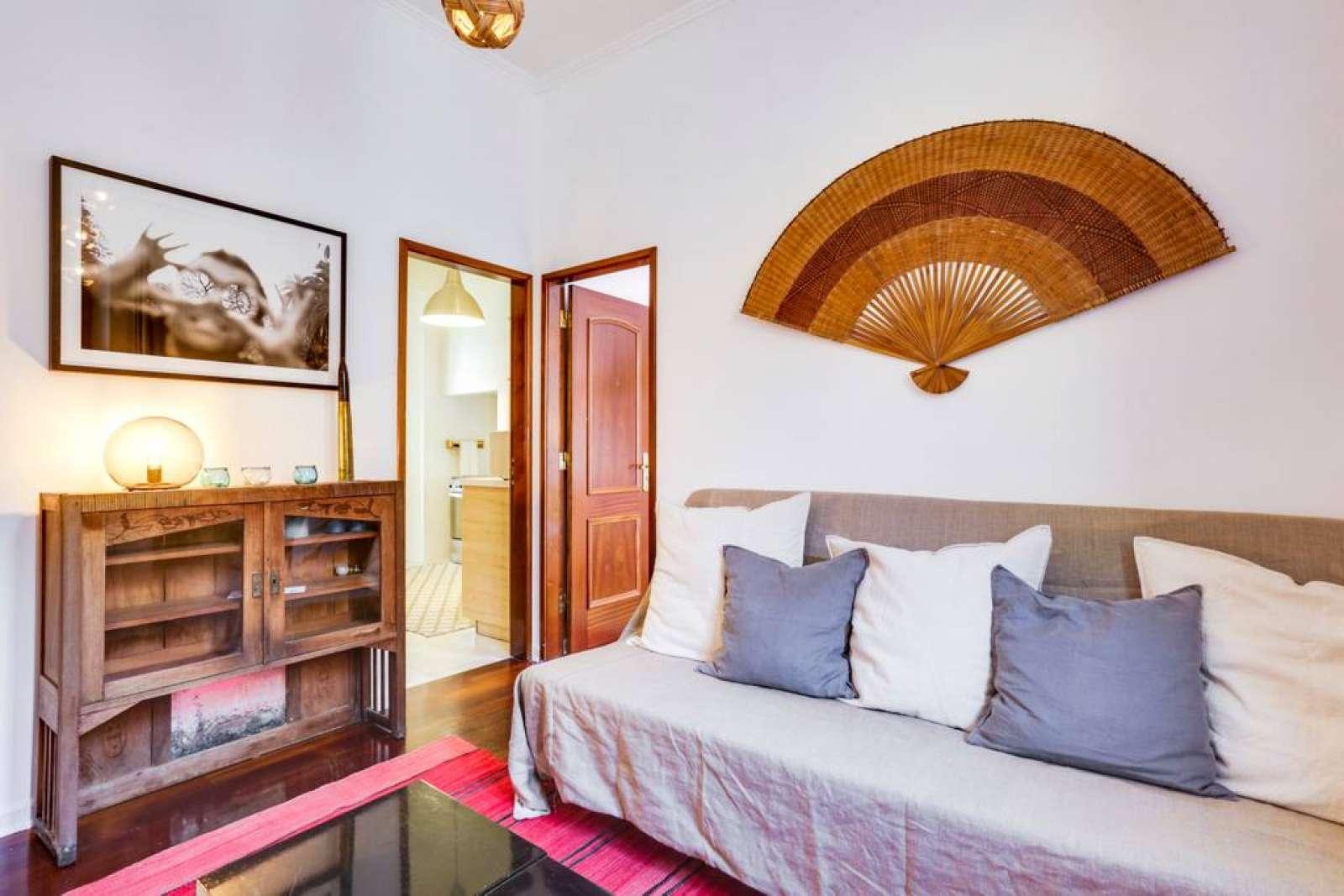 Bright 2-bedroom apartment for rent in Estrela | Flat rent ...