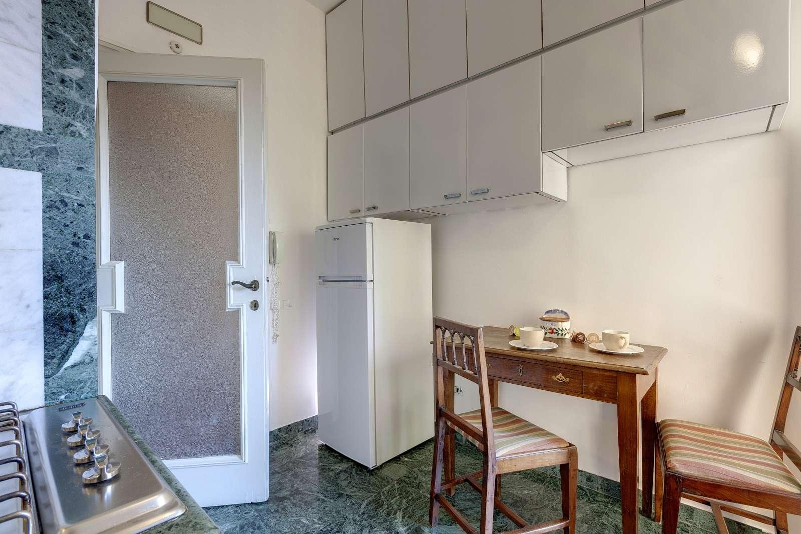 Appartamento con 3 camere da letto in affitto a campo di for Appartamento con 3 camere da letto