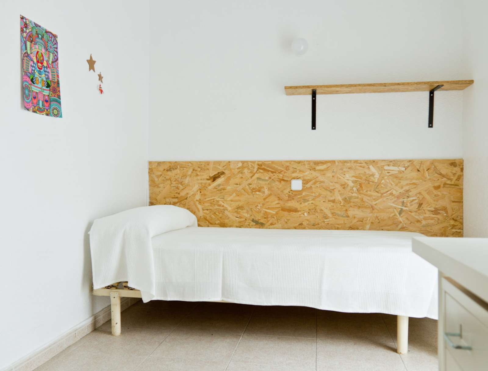 Double room in residence hall, Chamartín, Madrid (ref: 85960 ...