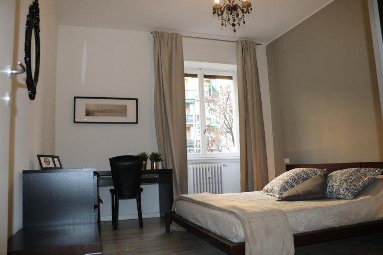 Quarto para alugar em apartamento com 2 quartos, Città Studi
