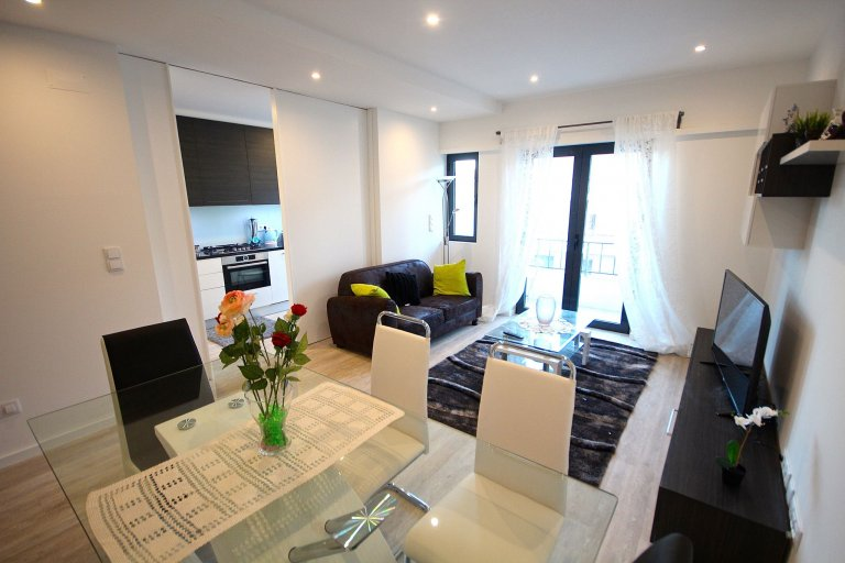 Appartamento con 3 camere da letto in affitto ad Arroios, Lisbona