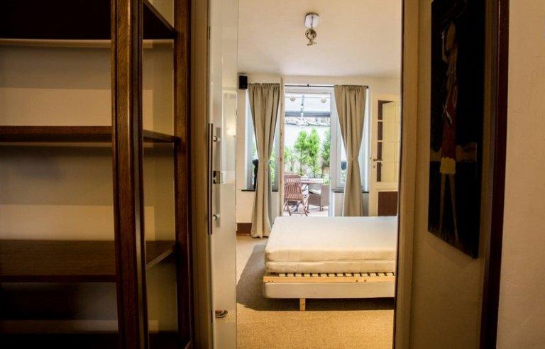 Całe mieszkanie z 1 sypialnią w Etterbeek