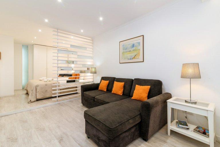 Genial apartamento en alquiler en Mouraria, Lisboa