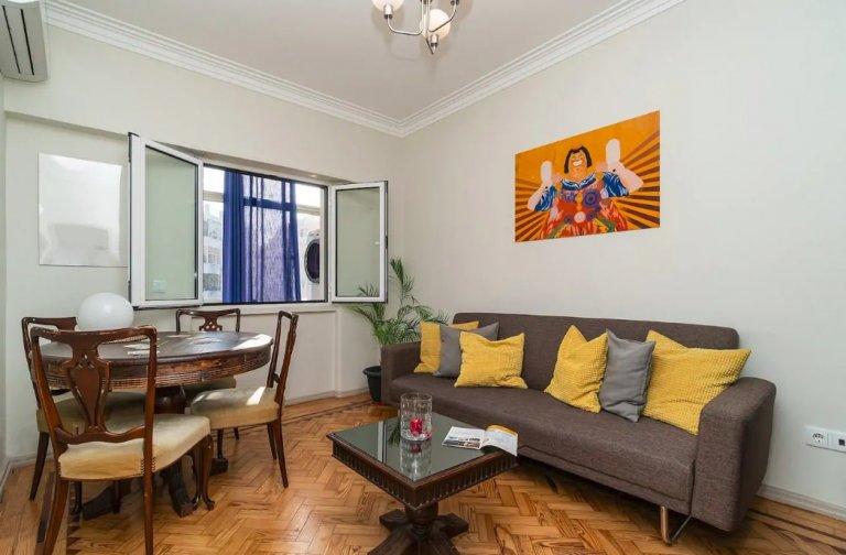 2-bedroom apartment for rent in Santa Cruz, Lisbon