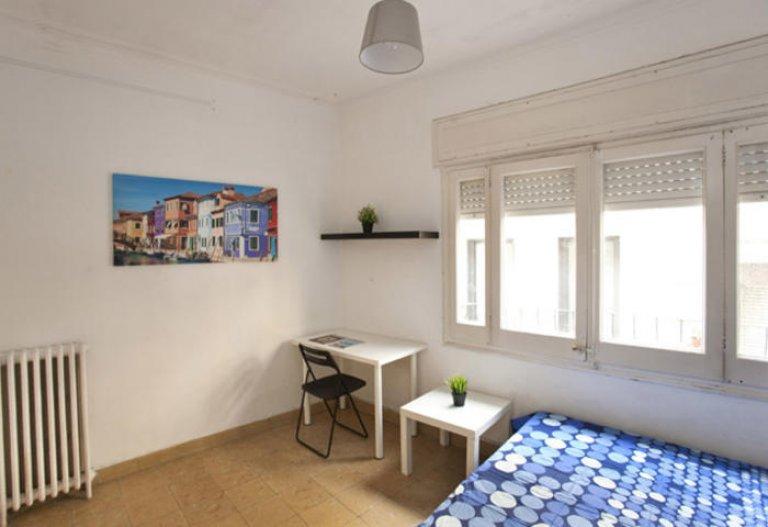 Exterior room in 6-bedroom apartment in Gracia, Barcelona