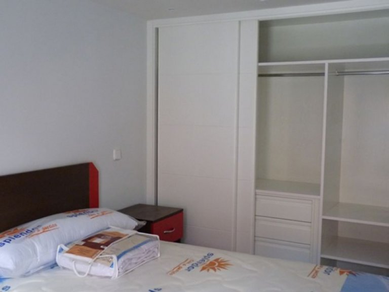 Housing in 4-bedroom apartment in Latina, Madrid