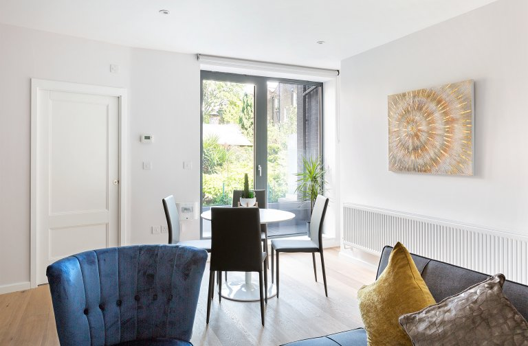 Central 2-bedroom flat to rent in Camden, London