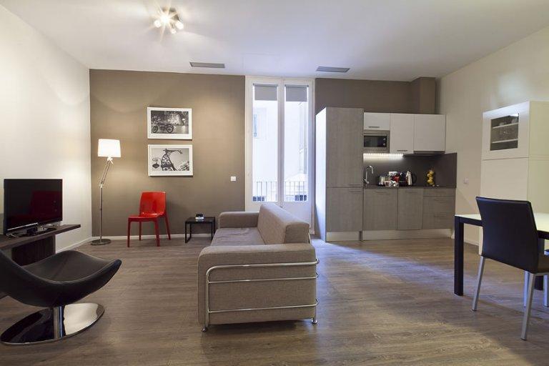 Eixample'de kiralık 2 odalı daire, Barselona