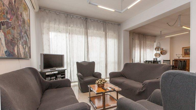 Appartement de 4 chambres à louer à Aurelio, Rome