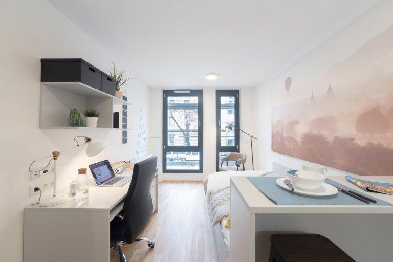 Modern studio for rent in Zwischenbrücken