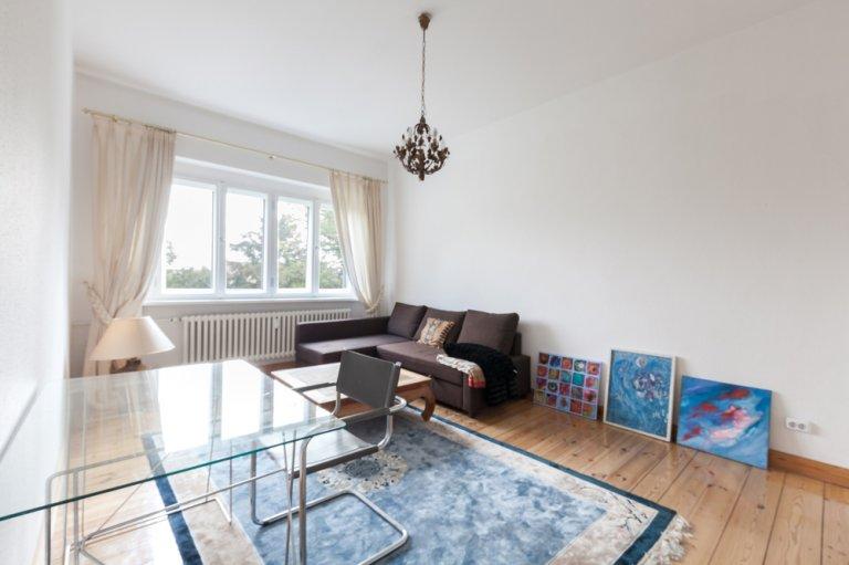 Appartamento con 1 camera da letto in affitto a Wilmersdorf, Berlino