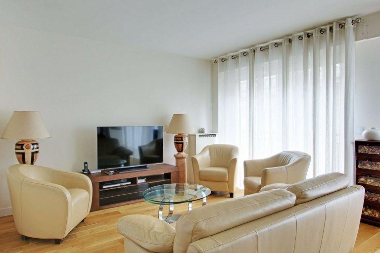 Appartamento con 2 camere da letto in affitto nel 16 ° arrondissement di Parigi