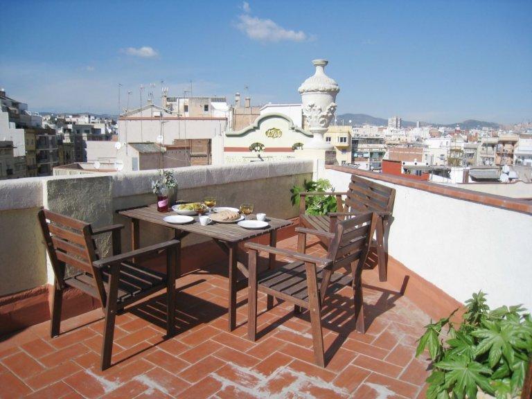 Appartement ensoleillé avec 1 chambre à louer à L'Esquerra, Barcelone