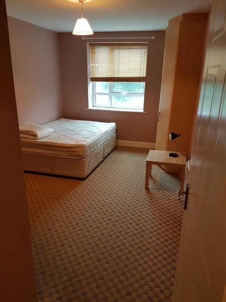 Quarto equipado em apartamento compartilhado em Glasnevin, Dublin