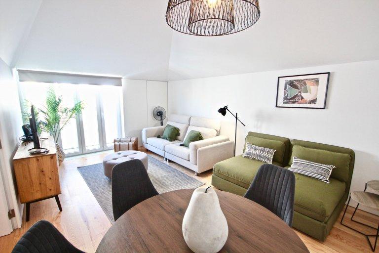 Apartamento de 2 quartos para alugar em Arroios, Lisboa