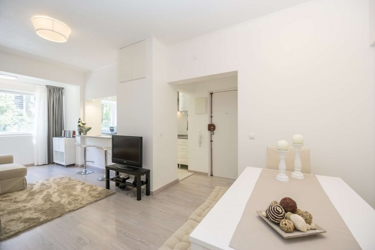 1-bedroom apartment for rent in Santa Cruz, Lisbon