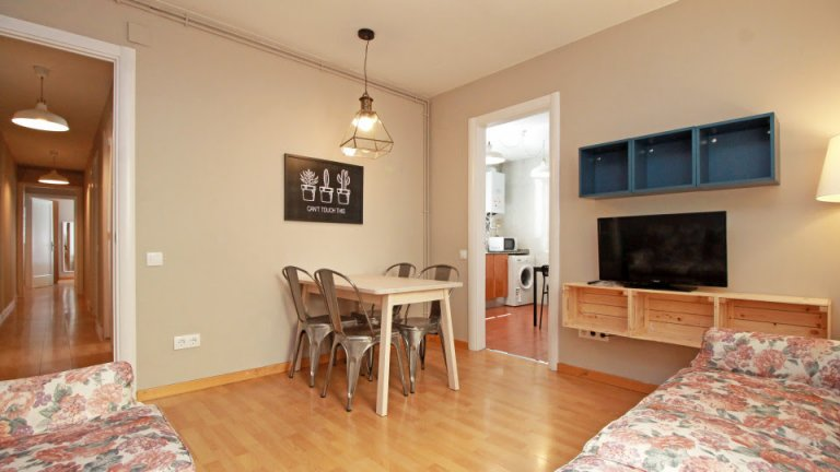 4-bedroom apartment for rent in Horta-Guinardó, Barcelona