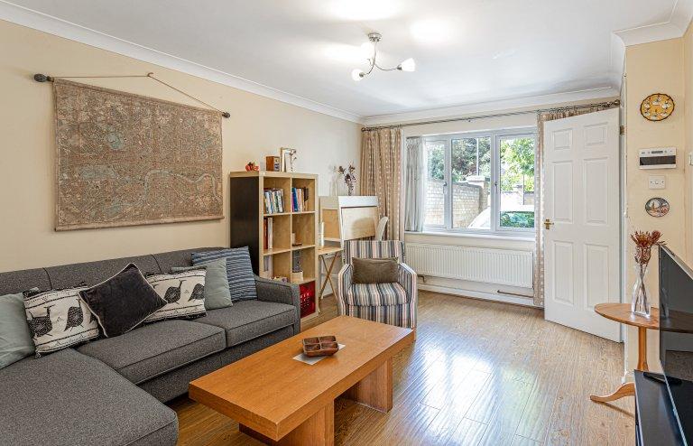 Appartement confortable de 3 chambres à louer à Royal Docks, Londres