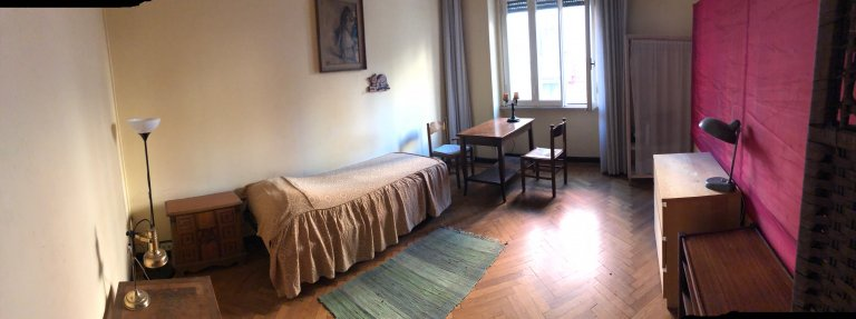 Room in 6-bedroom apartment in Parioli, Rome