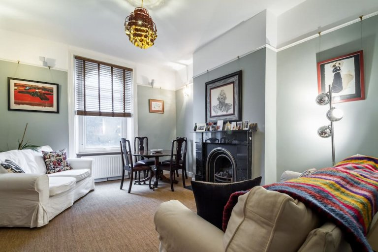 Charming 2-bedroom flat for rent near Finsbury Park, London