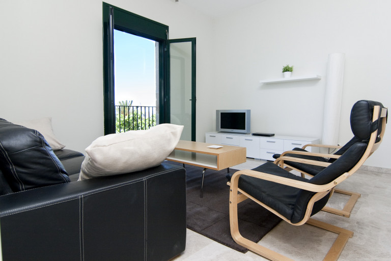 Charming 4-bedroom apartment for rent in Barri Gòtic