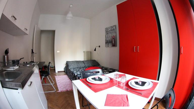 Stanza privata in appartamento a Stazione Centrale, Milano