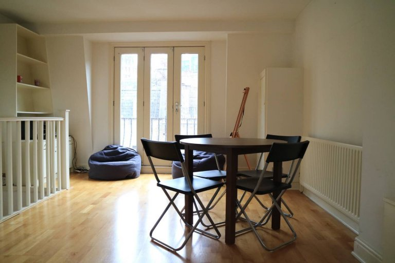 2-bedroom flat to rent in Covent Garden, London