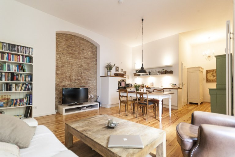 Stylish 2-bedroom apartment for rent in Prenzlauer Berg