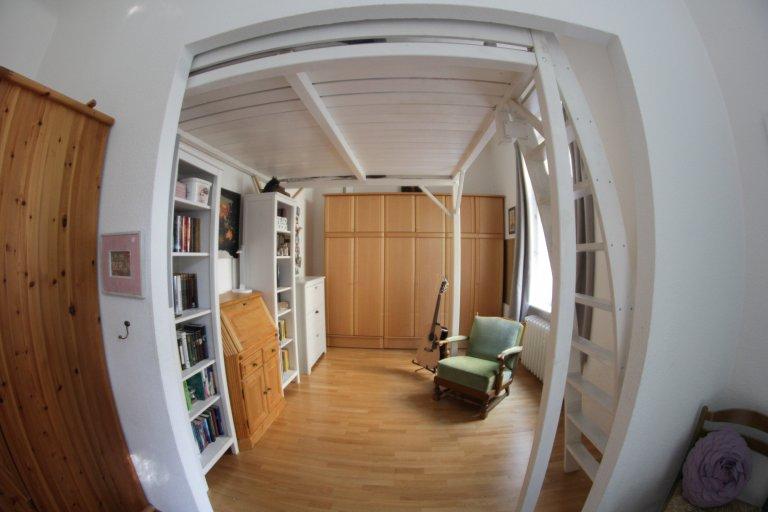 Całe 4 pokojowe mieszkanie w Berlinie