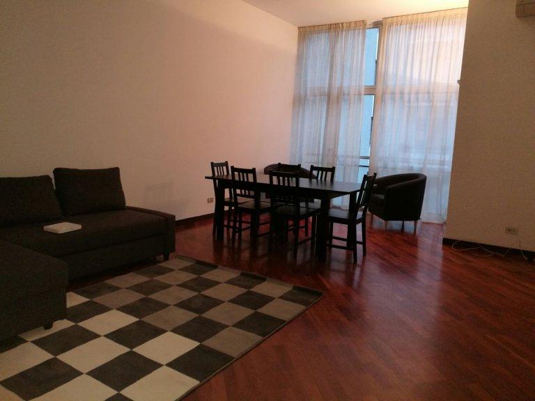 Przytulny pokój do wynajęcia w Ticinese, Mediolan
