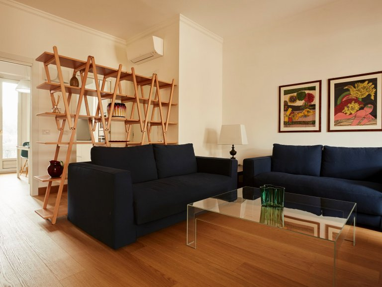 2-bedroom apartment for rent in Corso Magenta, Milan