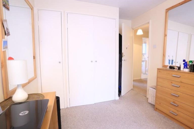 Chambre traditionnelle dans un appartement à Tower Hamlets, Londres