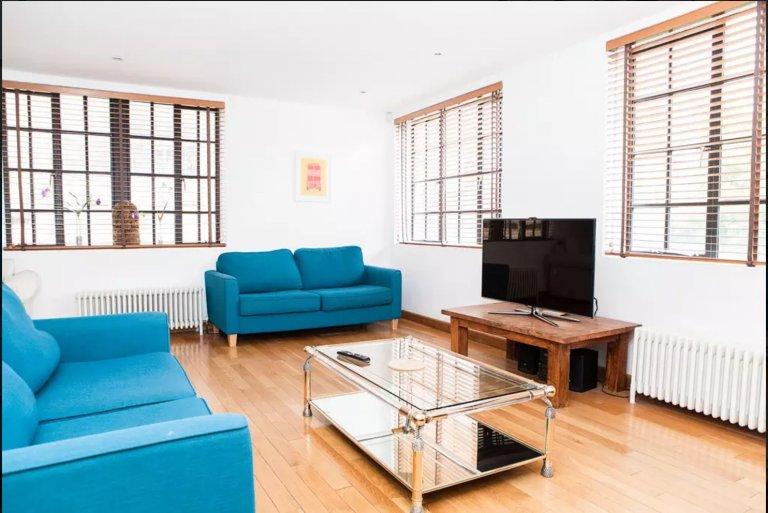 Great 4-bedroom flat to rent in Lambeth, London