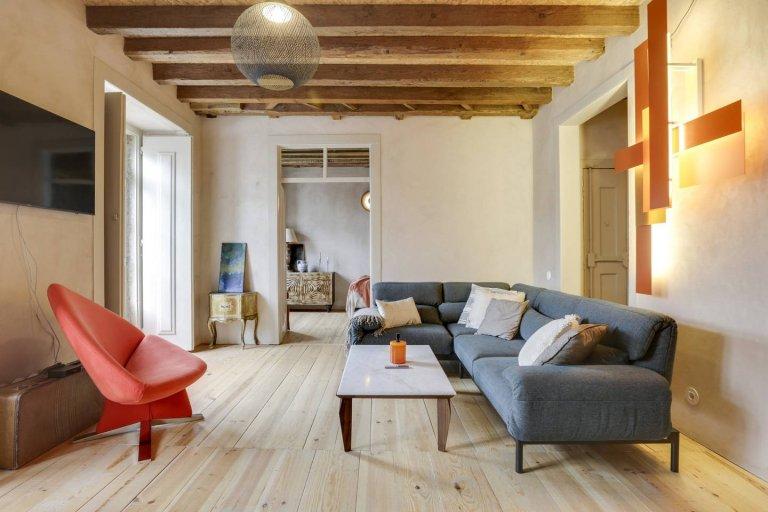 Rossio / Restauradores kiralık rustik 3 yatak odalı daire.
