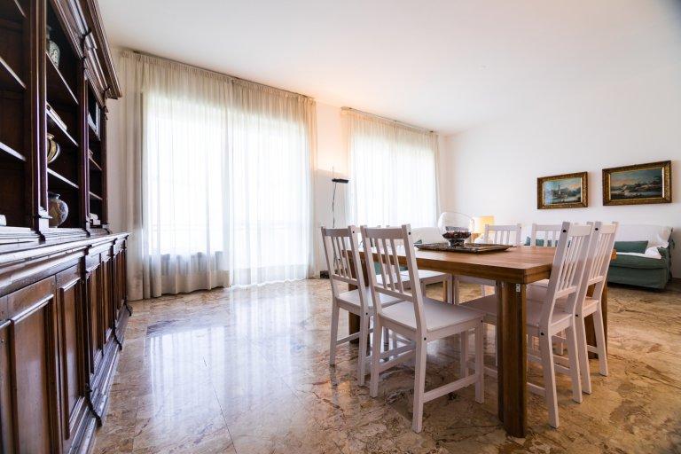 4-Zimmer-Wohnung zur Miete in Porta Romana, Mailand