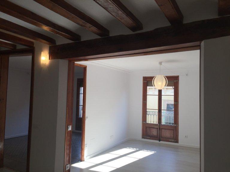 Ganze 5 Schlafzimmer Wohnung in Barcelona