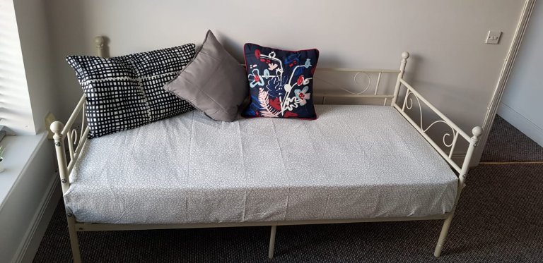 Whole 1 bedrooms apartment in Dublin 8