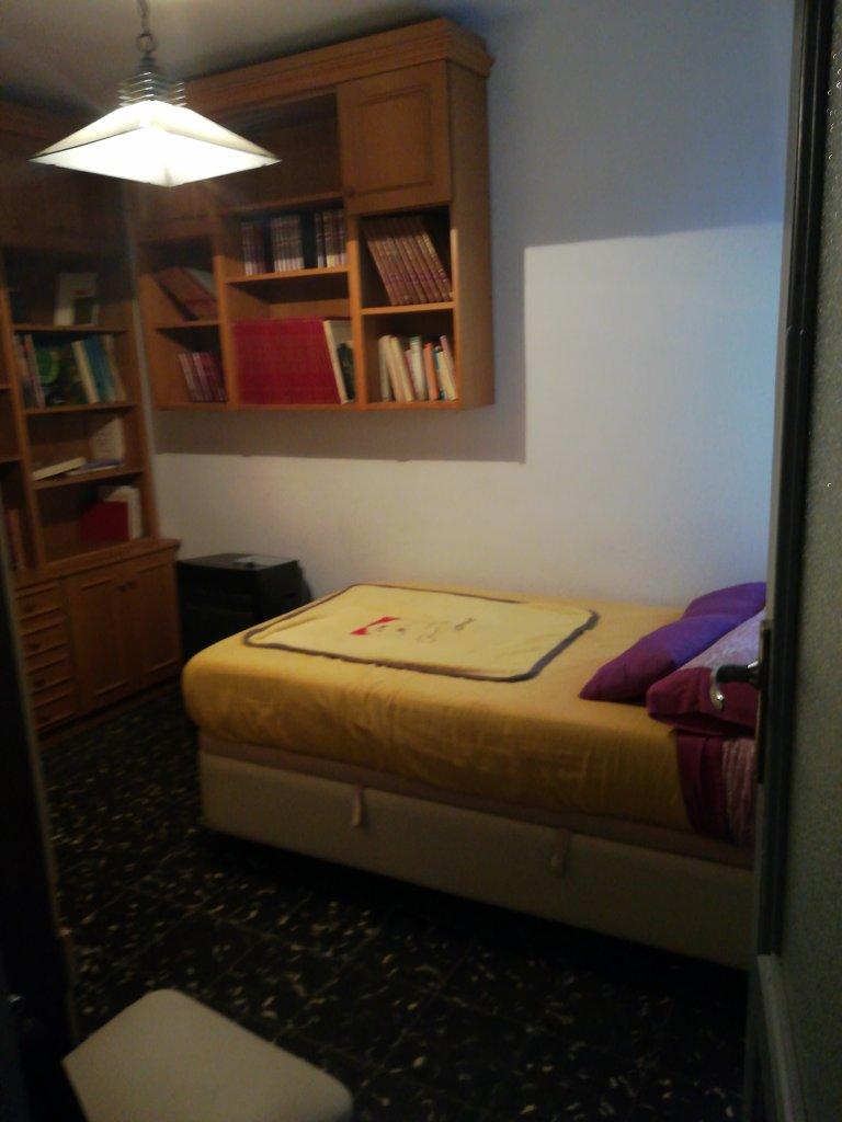 Quarto em apartamento compartilhado em València