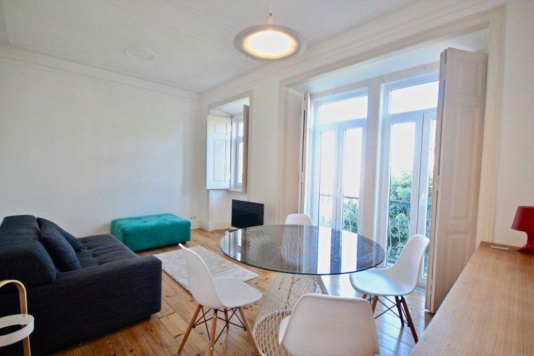Apartamento com 2 quartos para alugar em Arroios, Lisboa
