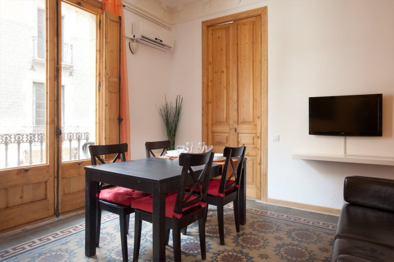 Todo 3 quartos apartamento em Barcelona