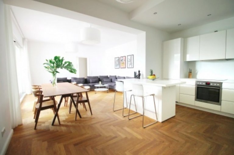 Apartment with 3 bedrooms to rent in Friedrichshain, Berlin