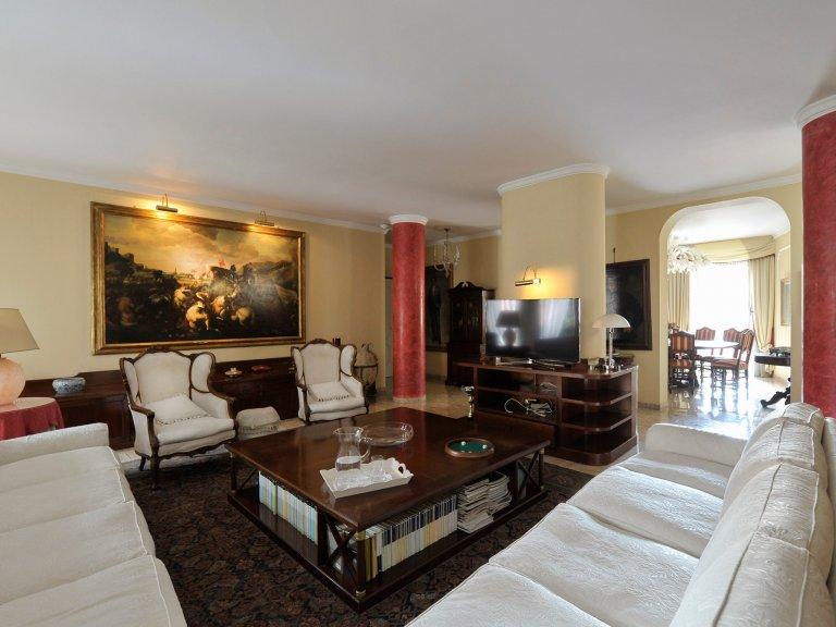 Apartamento de 3 dormitorios en alquiler en Città Studi, Milán