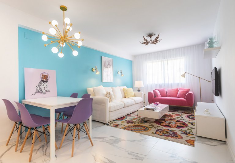 Whole 5 bedrooms apartment in València